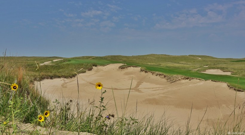 SandHills11-BunkerLeft-JC.jpeg