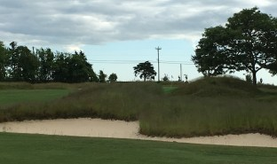 #13 - Par 4 - Semi-blind view from the right approach
