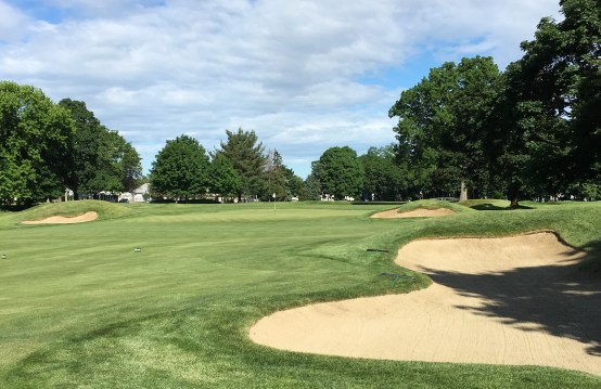#1 - Par 4 - Approach from the right side