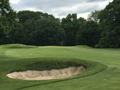 #4 - Par 4 - Approach from the left