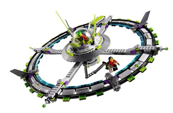Lego Alien Conquest motehrship