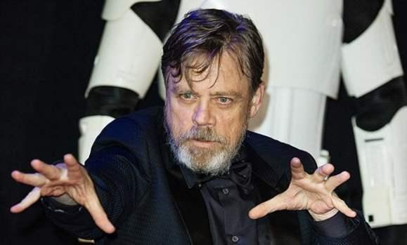 Mark_Hamill_is_nervous_he_ll_leak_Star_Wars_VIII_spoilers_live_on_Saturday_Night_Takeaway