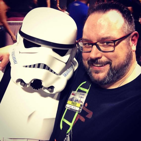 Mr. Green hung out with this guy, as well as a few celebs, at Fan Expo Canada.