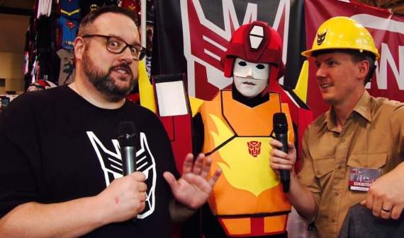 Mr. Green gets serious with Hotrod and Spike of The Cybertronic Spree at Fan Expo Canada 2016 and asks the hard hitting questions.