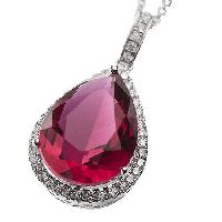 Belleek Living – Ruby Necklace