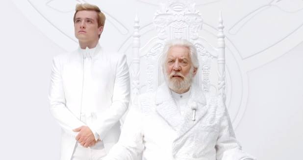 Hunger Games Mockingjay trailer