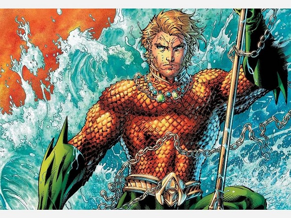 Zack Snyder Reveals Momoa as Aquaman