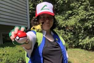 Pokemon Ash cosplay