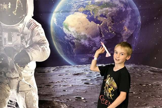 Hanging Out with Buzz on the Moon, Image: Sophie Brown