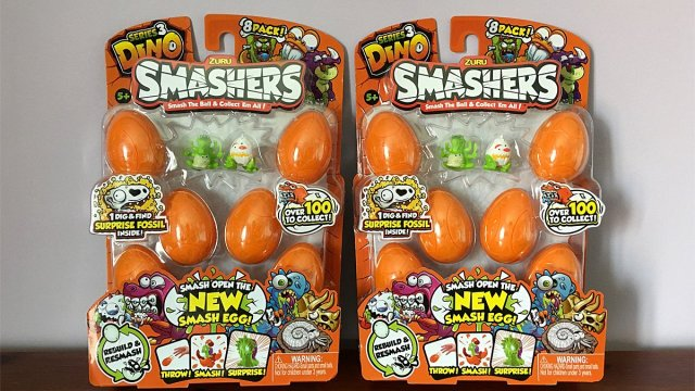 Dino Smashers Eight-Figure Packs, Image: Sophie Brown
