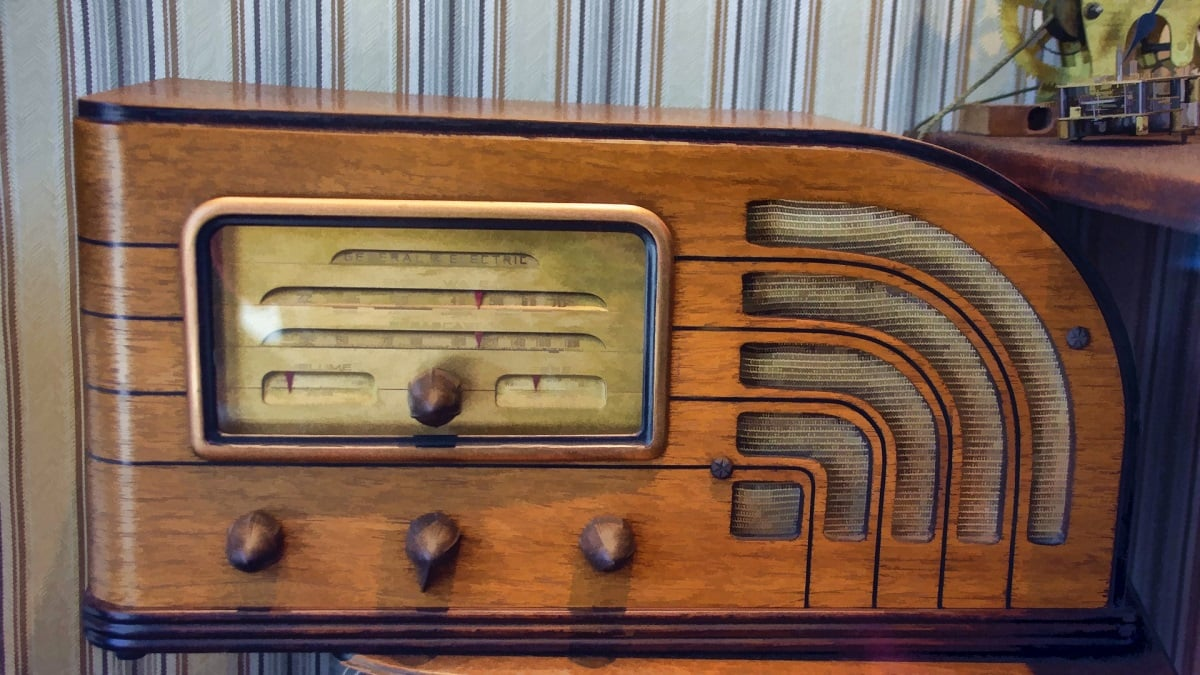 image of an antique wooden radio