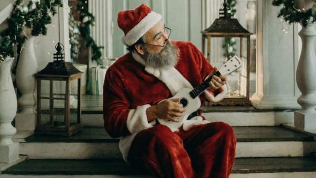 Santa playing ukulele