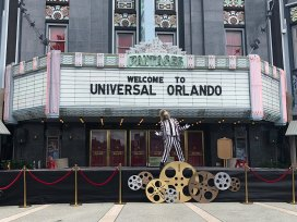 Beetlejuice welcomes guests to Universal Orlando \ Image: Brian Sullivan