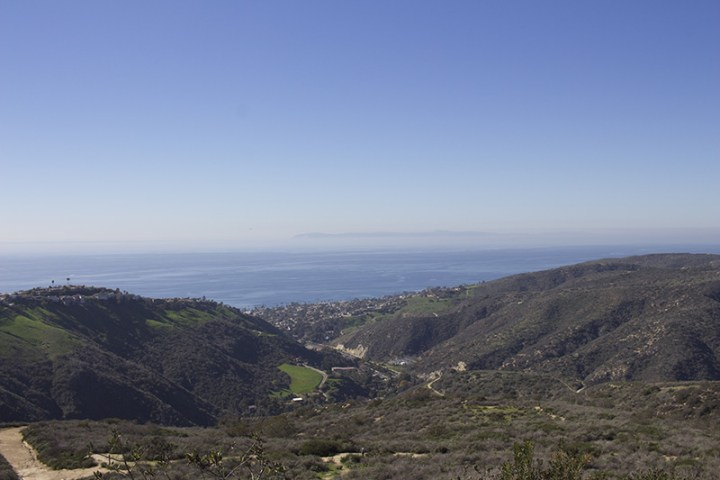 Overlooking Laguna Beach, out to Santa Catalina Island. Full-auto - ISO 100, f/9, 1/320.