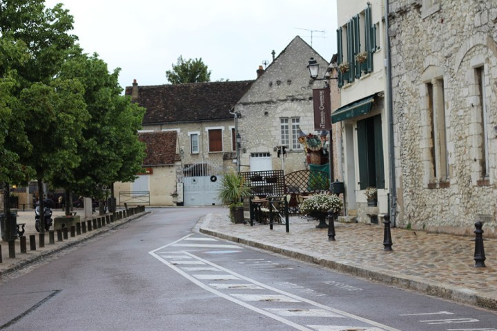 Just your average street in Provins.