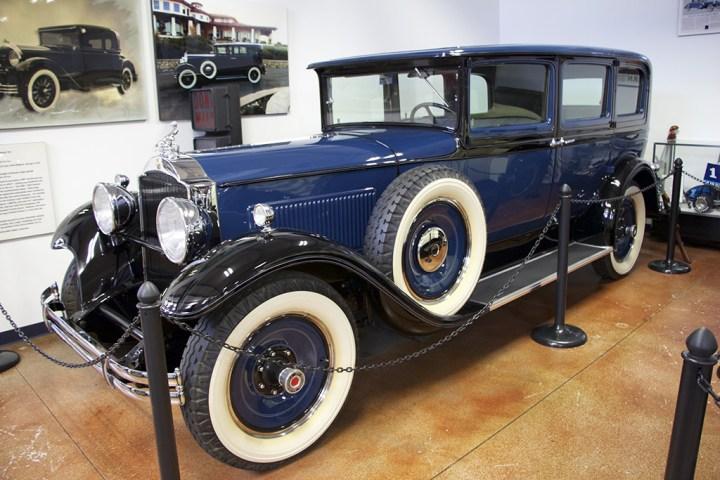 A prime example of the 1930 Packard Model 733 Club Sedan.