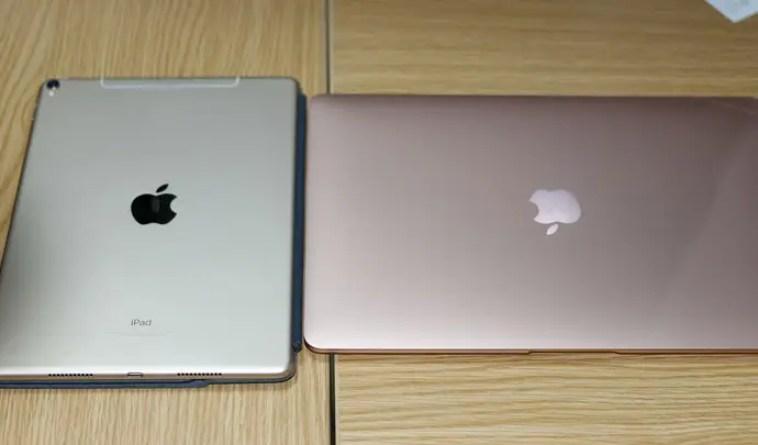 ipadとMacbookのゴールド比較