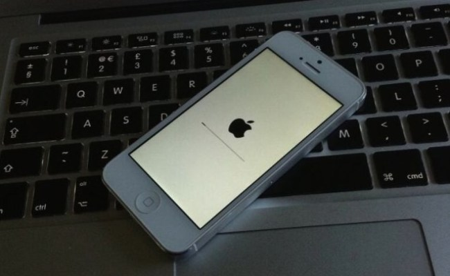 Iphone 5s Makes First Official Appearance On Gamestop