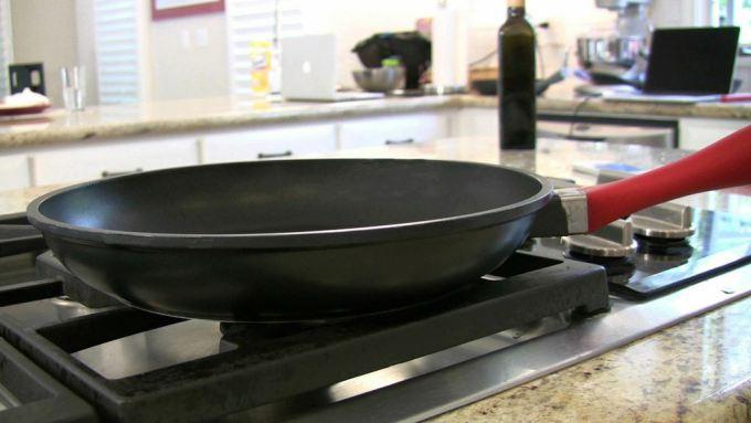 smart frypan kitchen gadgets