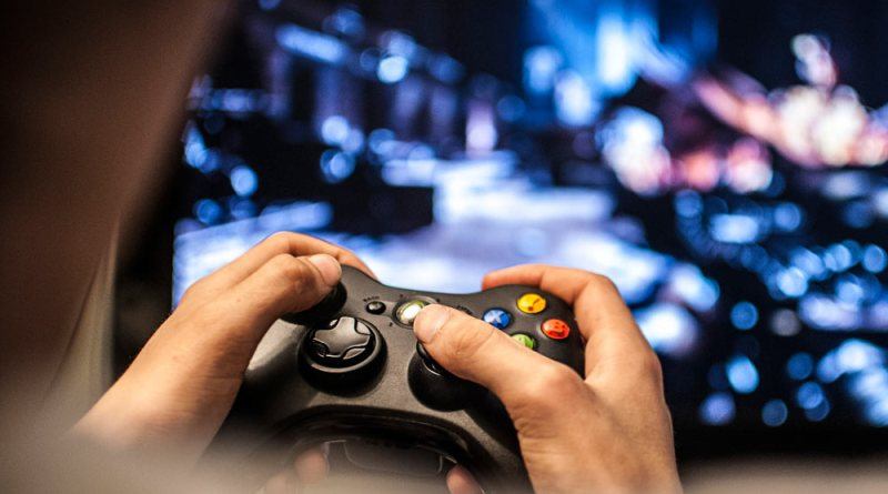 earn playing games online