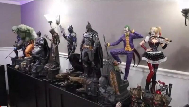 Batman Statue Collector- Collection