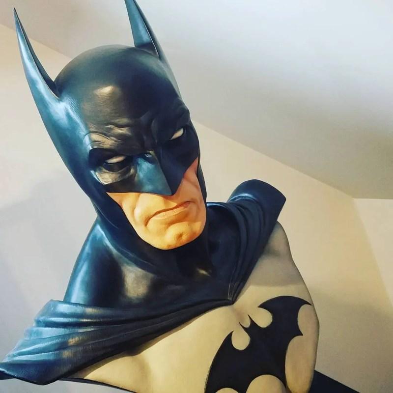 Batman statue collector batman statue