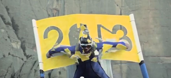 Wingsuit Maniac takes 250 km/h dive