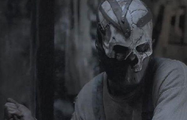 midnight-movie-the-dark-beneath-masked-killer2