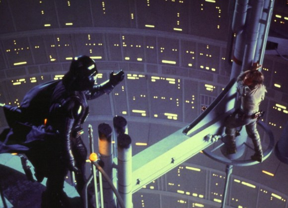 Darth Vader vs Luke Skywalker