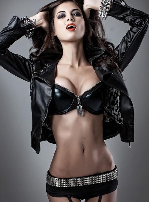 LeeAnna Vamp – Cosplay Hottie