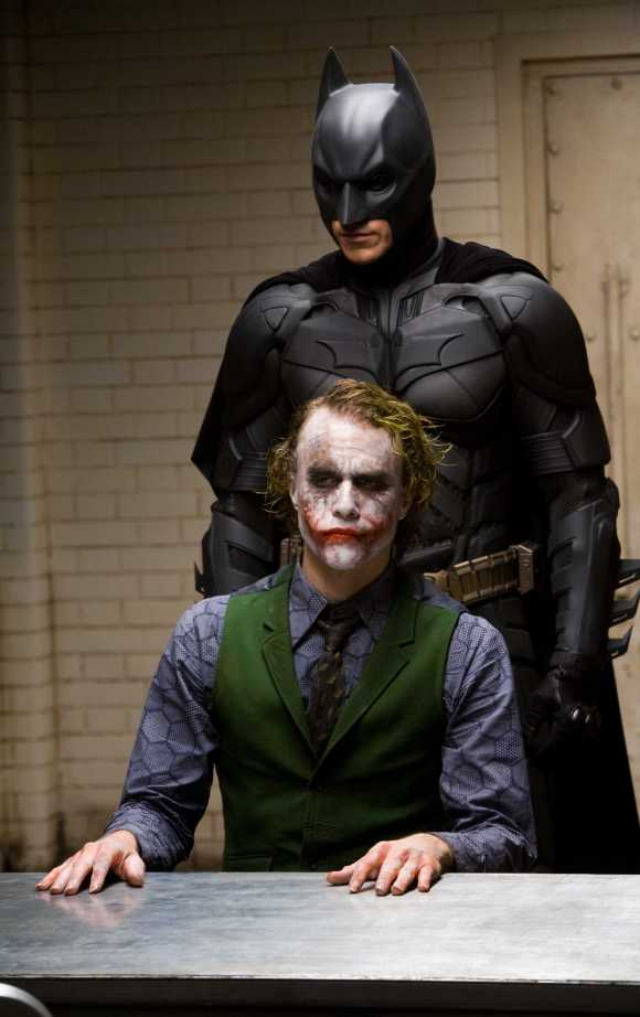 The Dark Knight - Batman vs The Joker