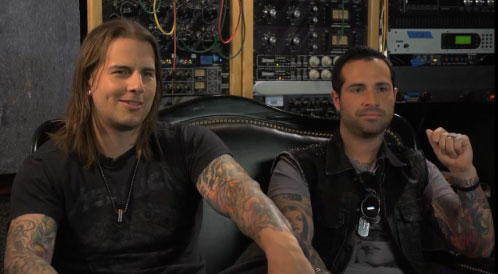 """Exclusive Avenged Sevenfold """"Hail to the King"""" Video Interview"""