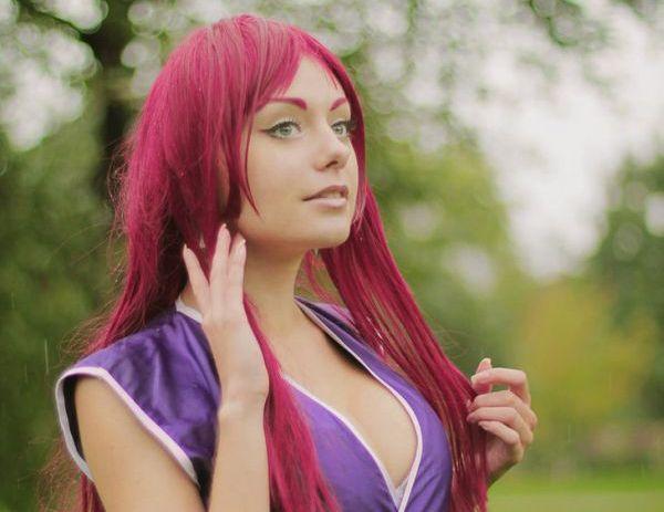 Introducing Cosplay Girl Alien Orihara