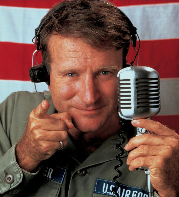 Robin Williams Dies Aged 63, Suicide Suspected