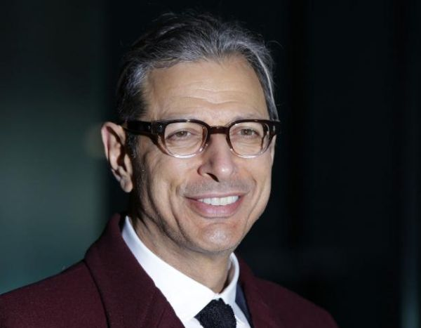 """'Independence Day 2': Jeff Goldblum Says """"It's Brewing"""""""