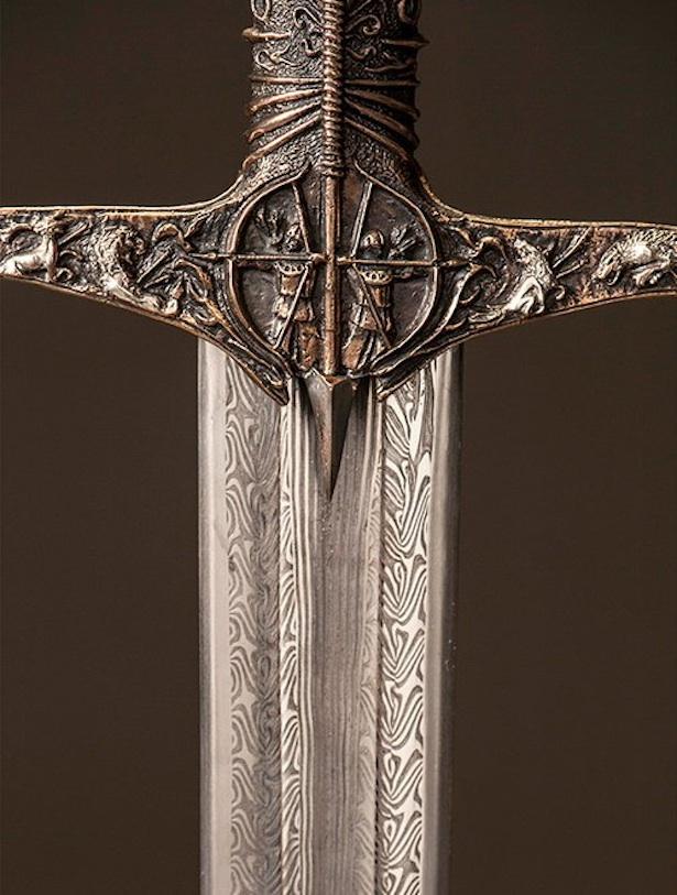 heartsbane-valyrian-swords-game-of-thrones-heartsbane-2
