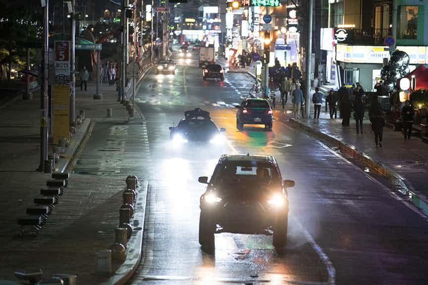 black panther-korean car chase