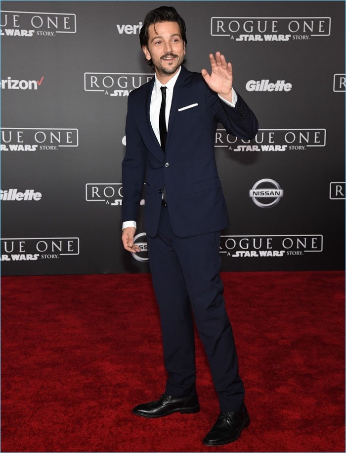 Diego-Luna-2016-Rogue-One-A-Star-Wars-Story-Premiere