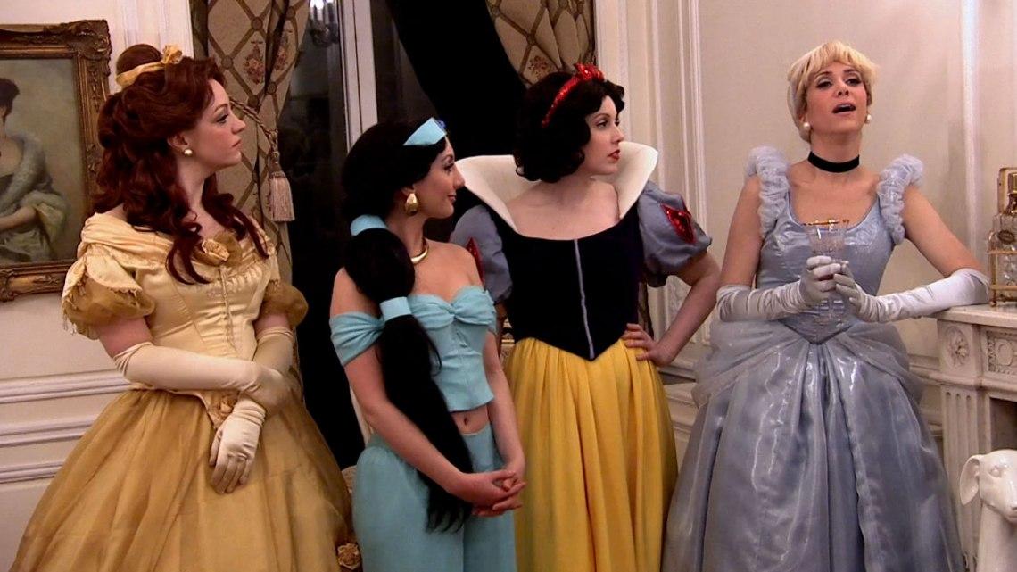 140228_2751952_Disney_Housewives_anvver_2