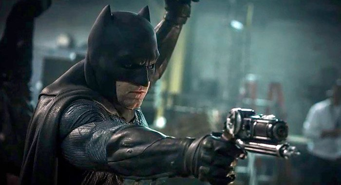 batman-benaffleck-grapplegun.jpg