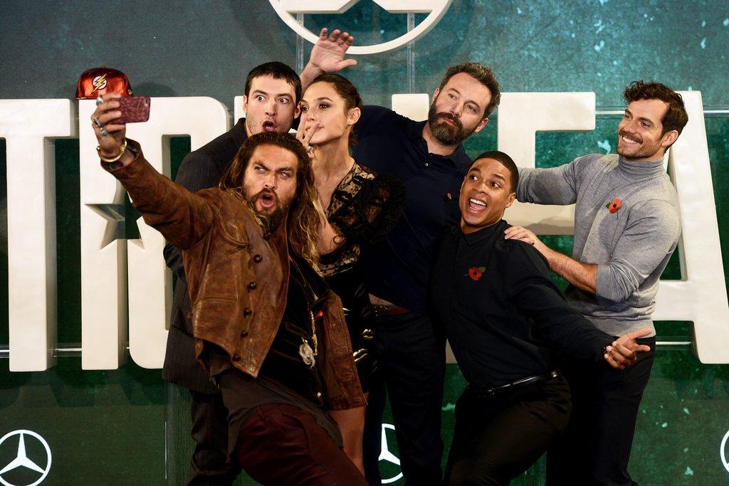 Justice-League-Cast-Out-London-November-2017.jpg