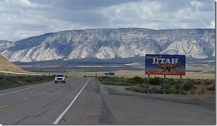 Utah State sign, near Dinosaur Nat'l Monument