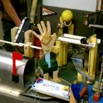 Espectacular y compleja máquina de Rube Goldberg que rompe un récord mundial #Video