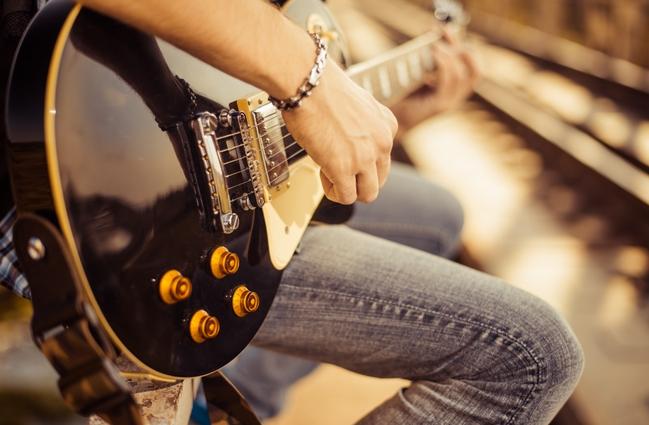 guitar-musician-shutters
