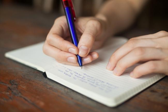 Cómo escribir artículos online de forma rápida en tan solo  siete pasos