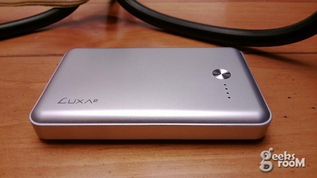 luxa2-p1-7000-mah-04