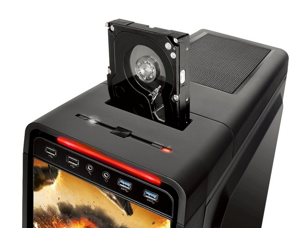 Thermaltake Urban S71 World of Tanks Edition with effortless hot-swap drive _ 5