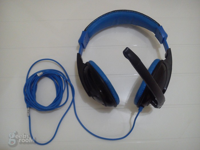 Rush-on-ear-gamer-acteck-00006