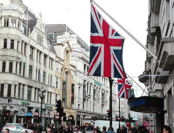 london-picadilly-circus