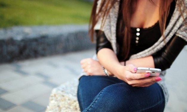 Al momento de buscar pareja, en España son los madrileños y Catalanes los que utilizan el móvil más tiempo